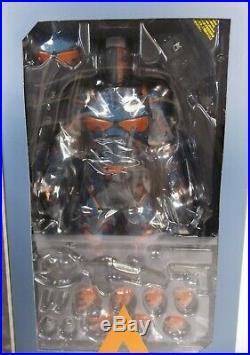 Hot Toys Batman Arkham Origins Deathstroke 1/6th Scale Action Figure Vgm30