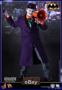 Hot Toys DX08 1/6 Scale The Joker Action Figure