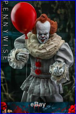 Hot Toys IT Chapter Two 1/6th scale Pennywise Collectible Figure MMS555