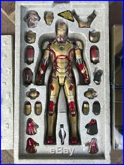 Hot Toys Iron Man 3 Mark XLII, MMS197-D02, USED, 1/6TH SCALE COLLECTIBLE FIGURE