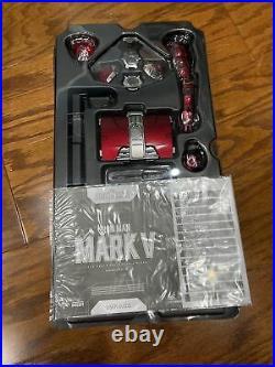 Hot Toys Iron Man Mark V Diecast 1/6 Scale Figure