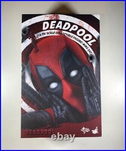 Hot Toys MMS347 Deadpool 1/6 Scale Collectible Action Figure Marvel Authentic
