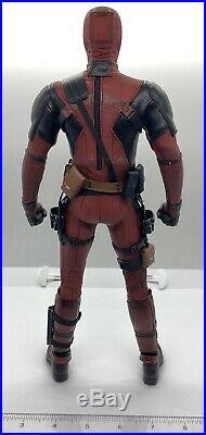 Hot Toys MMS490 Deadpool Deadpool 2 1/6th Scale Loose Figure