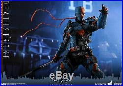 Hot Toys VGM30 DC Batman Arkham Origins Deathstroke 1/6 Scale Figure In Stock