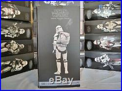 SIDESHOWStar Wars-Clone Trooper Deluxe-Shiny 16 Scale Collectible Figure